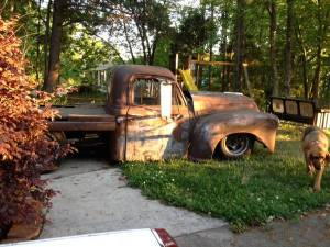 Here a 1950 Chev flatbed. Its done up but no way you could get it saftied in British columbia. Greart ideas though. I like the way it looks and consider this for Bigbolt.